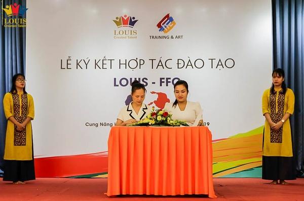 Louis hợp tác cùng trung tâm đào tạo và nghệ thuật FFC dạy năng khiếu cho trẻ